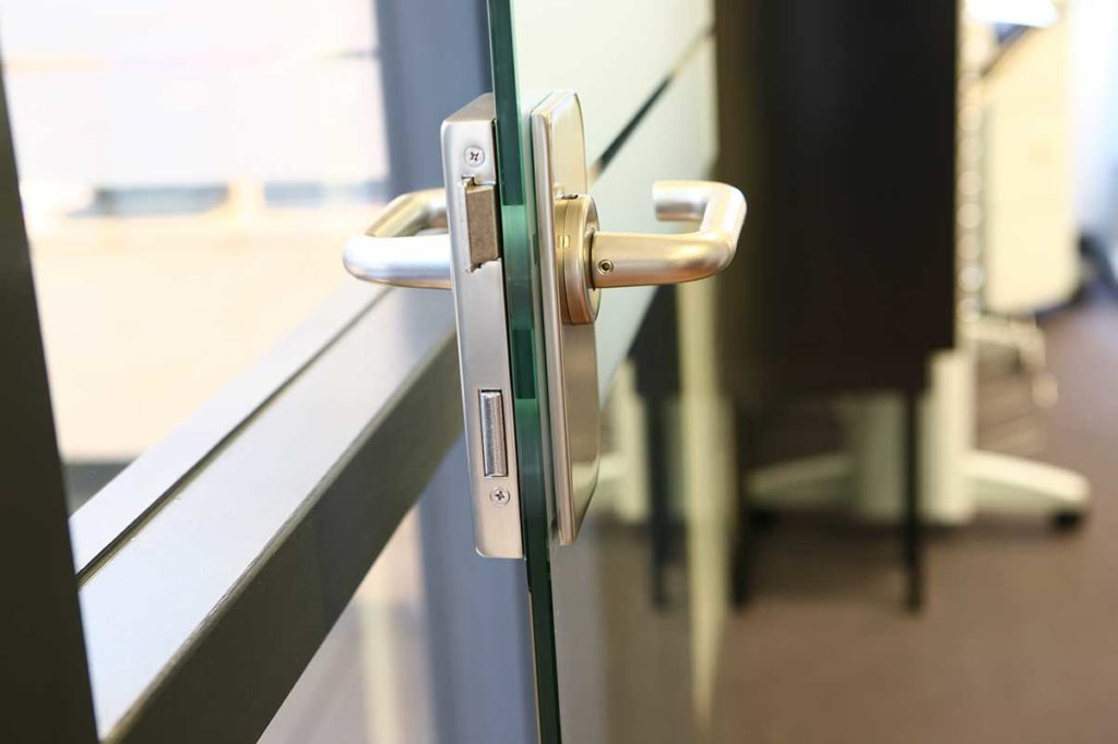 deurbeslag glazen deuren